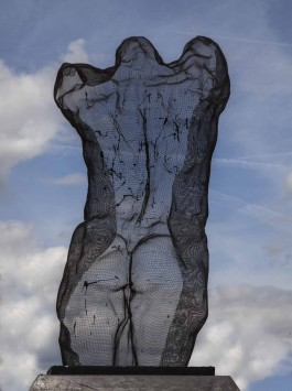 Male Torso by David Begbie at The Sculpture Park