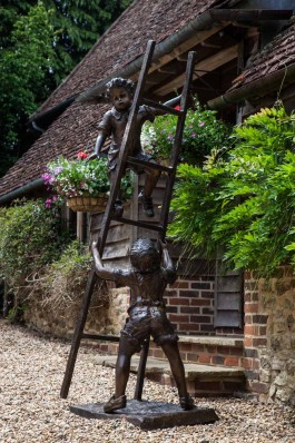 Scrumping, Boys on Ladder by Olwen Gillmore at The Sculpture Park