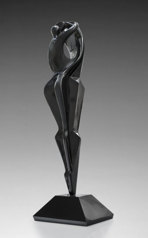 Il Bacio (black) by Maria Bayardo at The Sculpture Park
