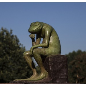 The Thinker Frog by David Meredith at The Sculpture Park