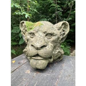 Stephen Hunton, The Lioness, Reconstituted Portland Stone, The Sculpture Park