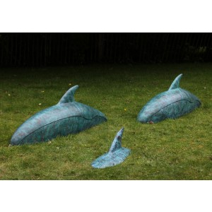 Mi-Pod - Three Dolphins by Tracey Ward